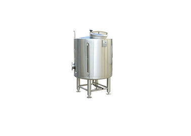 China Steam Heating Small Stainless Steel Tanks 3000L Capacity With 100% TIG Welding factory