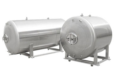 China Food - Grade Stainless Steel Beer Brewing Tanks Horizontal Side / Top Manway distributor