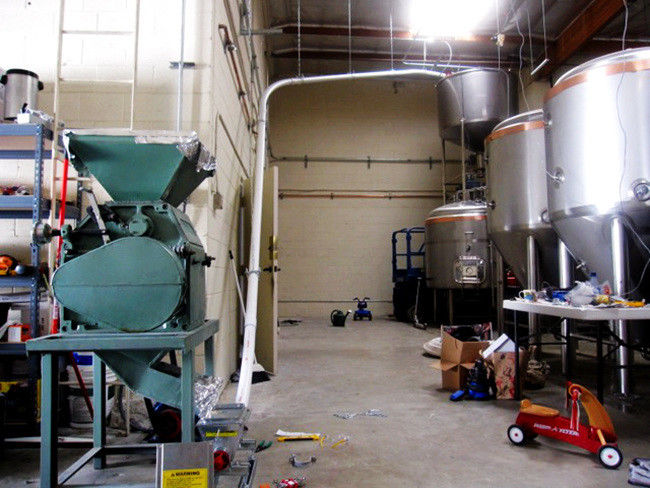 1 1KW Auxiliary Brewing Equipments / 2 Rollers Malt Mill